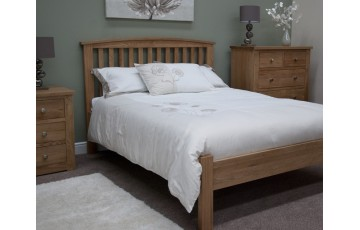 Lake Mead Solid Oak 4ft6 Bed Frame